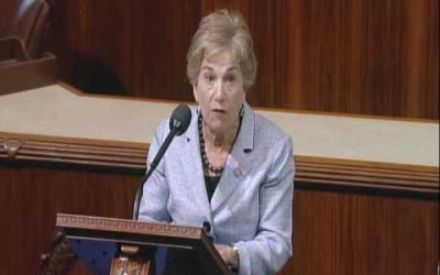 Rep. Schakowsky opposes bill to harm patients suing for medical malpractice