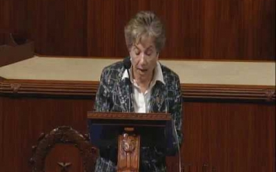 Schakowsky defends the Americans with Disabilities Act